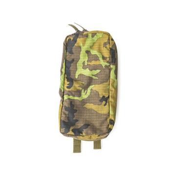 Roklan left side pocket (with equipment), vz. 95, Fenix Protector